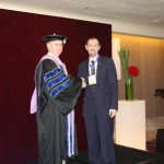 Australian Dentist in Shenzhen Receives Award